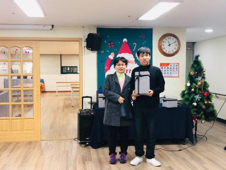 한우리장애인주간보호센터 송년잔치 17